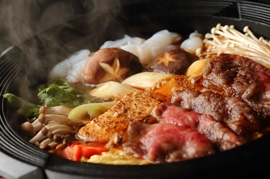 鋤燒(スキヤキ)情境圖。資料來源|istockphoto by gontabunta