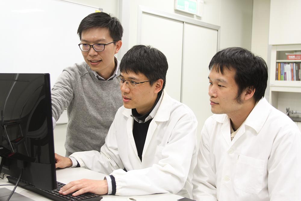 謝佳龍團隊集結光電、生物、材料專家,研發過程不斷思考「超高速光學顯微影像技術」應用於跨領域的可能性。 攝影│張語辰