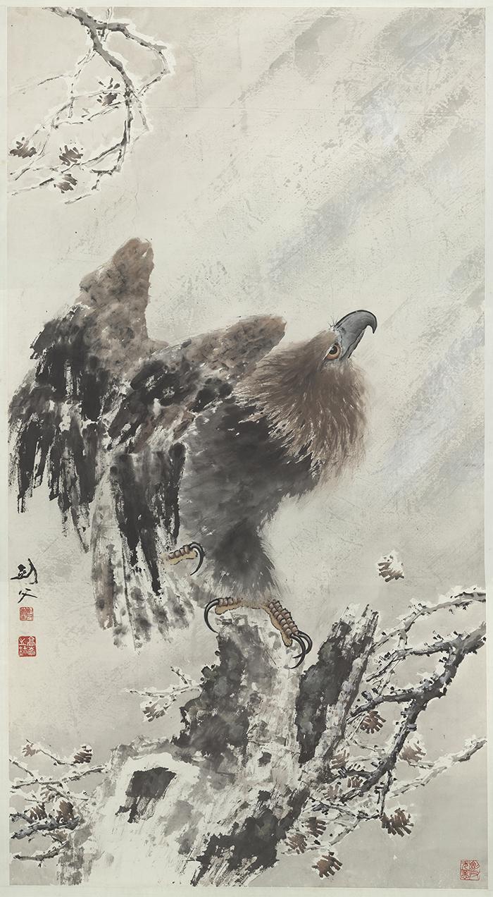 高劍父《鷹揚》:「禿筆」的飛白效果,由於毛筆含水量少,留有拖絲或留白,呈現出老鷹振翅欲飛。 圖片來源│嶺南美術館