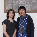 胡台麗(圖右)、劉璧榛(圖左)與《當代情境中的巫師與儀式展演》研究群,親身深入台灣各地原住民部落,在族人的協助下研究面臨消失危機的巫文化,以行動支持與肯定長期被認為是「迷信」的巫信仰。 攝影│張語辰