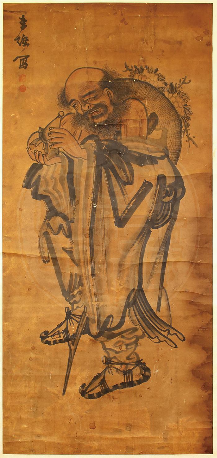 鐵拐李手上拿著葫蘆,當觀者抬頭欣賞畫作時,其實代表著吉祥話:「抬頭見福(葫)」。 資料來源│文哲所圖書館
