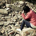 災難來臨時,某些社會群體總是比較容易受害,就是所謂的「社會脆弱性」。 圖片來源│iStock