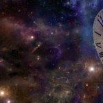 余海禮認為,「宇宙膨脹」應該視為一個基礎定律。宇宙的大小就是一個報時計,只要看宇宙多大,就可以決定是什麼時候了。 圖片來源│iStock