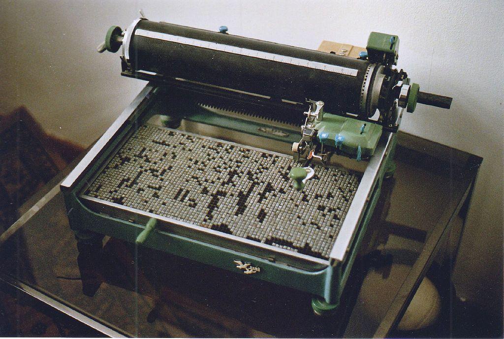 1990 年代的中文鉛字打字機,現存於德國慕尼黑大學漢學院。圖│Wikipedia (CC BY-SA 3.0)