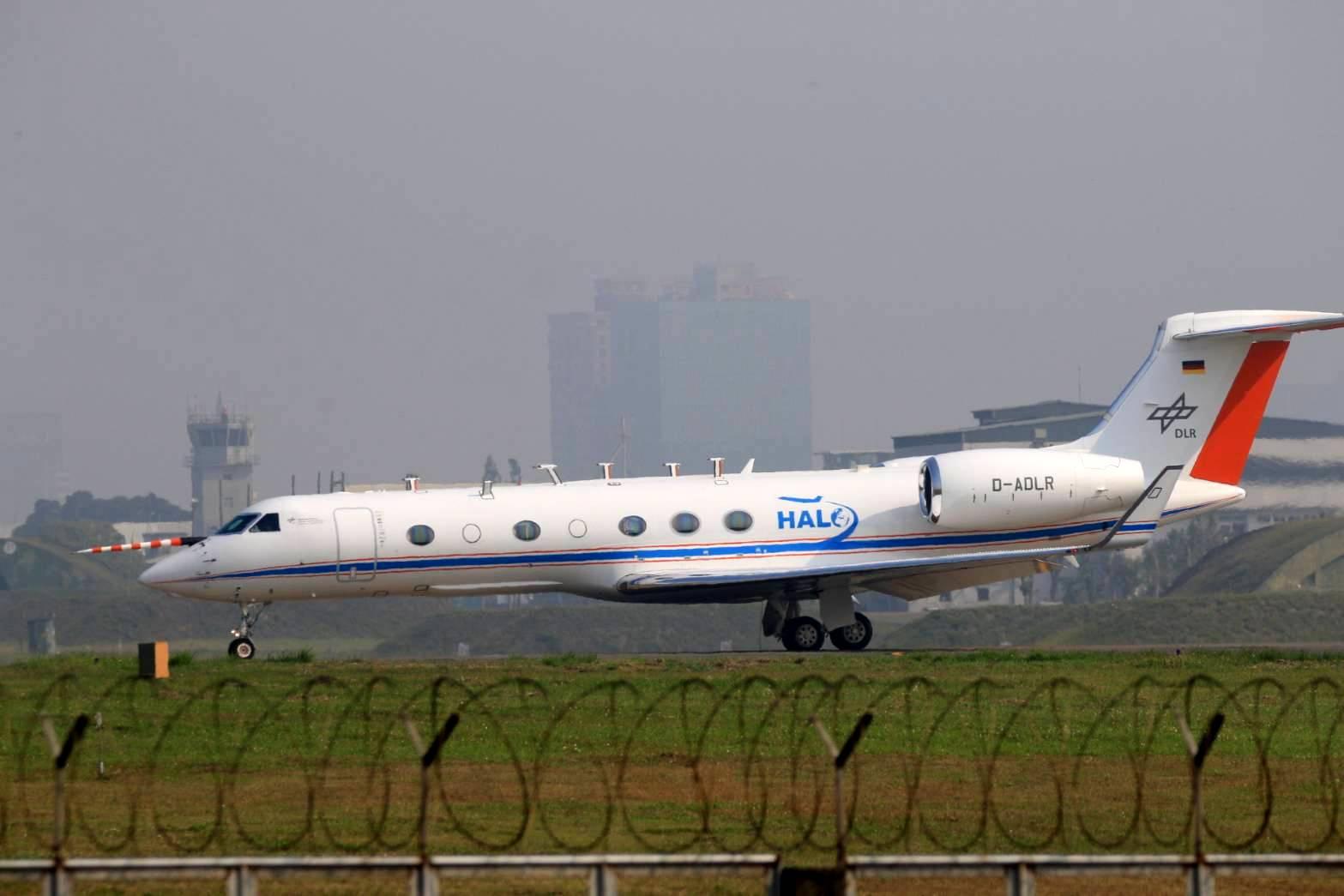 「臺灣大氣化學轉化與污染傳輸計畫」的高空研究飛機。 圖片來源│吳姿蓉提供
