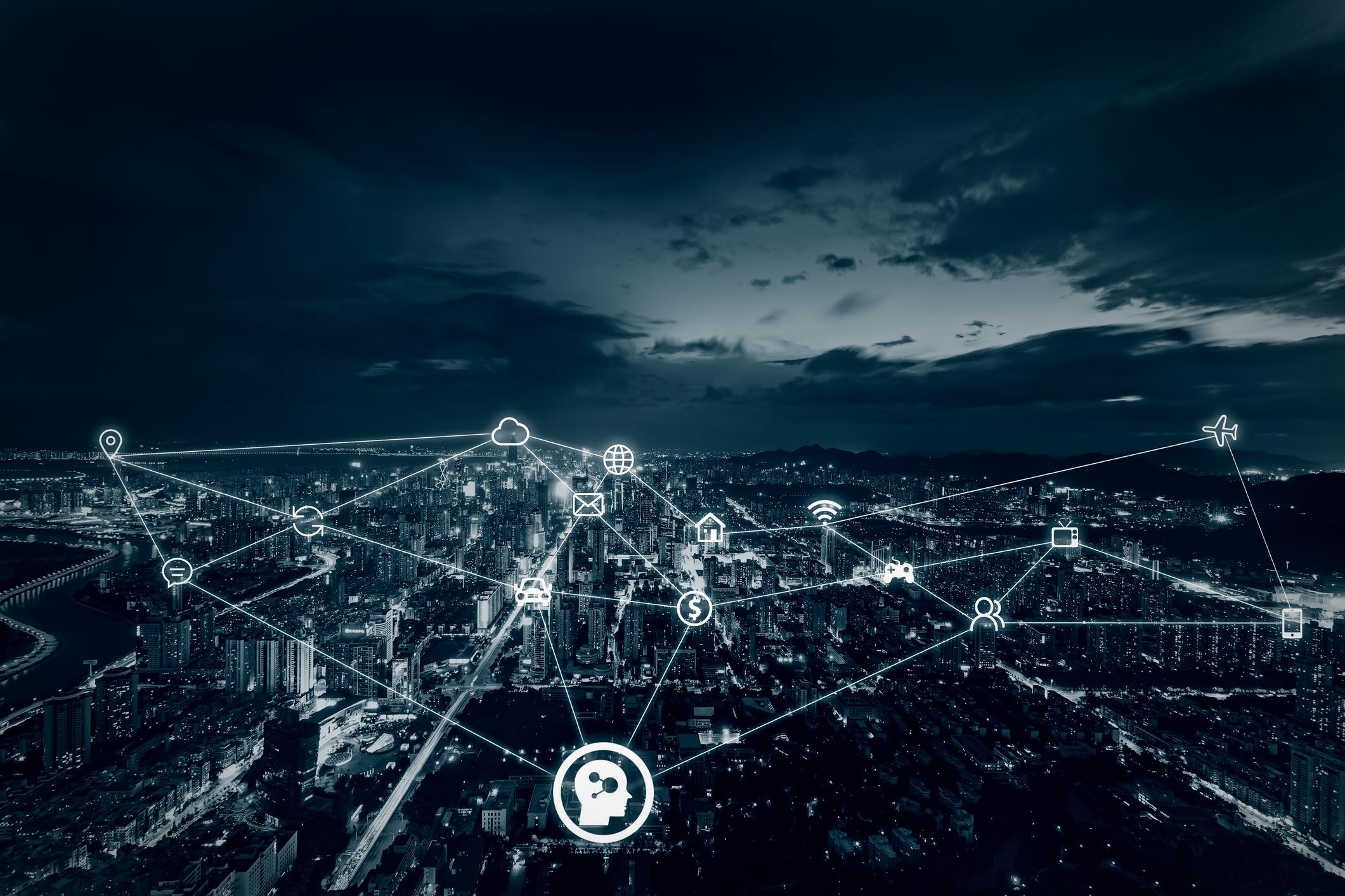 中共舉行「十九大」以後,中央政治局的集體學習主題,包括金融服務、人工智慧發展、區塊鏈趨勢等新興科技議題,習近平也指示要以人工智慧作為戰略性技術,強化競爭力。圖│iStock