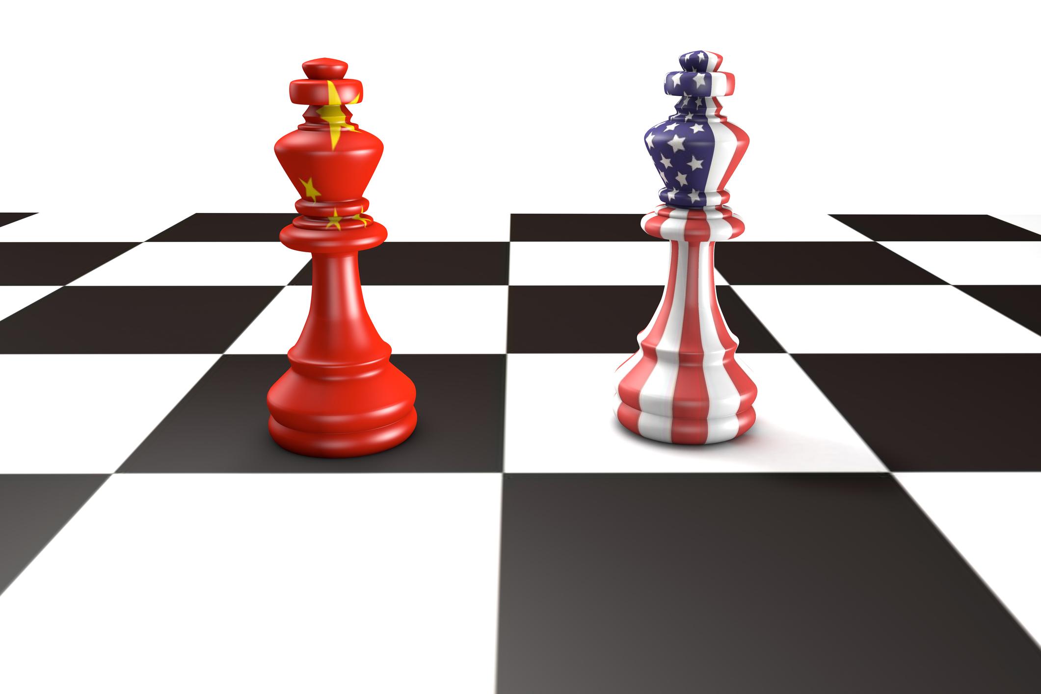 台灣面對的不只是兩岸關係,而是在更大的戰略三角關係下,同時承受兩強對峙的壓力。在中美新冷戰越趨劇烈的當前,這也是中小國家感同身受的普遍困境。圖│iStock