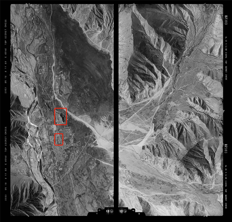 1959 年,美軍飛行員駕駛 U-2 偵察機所拍下的西藏拉薩航照圖,圖中紅框處即是布達拉宮。當年沒有 GPS,飛行員只能憑藉紙本航圖、無線電導引,判斷航線方向與偵察目標。
